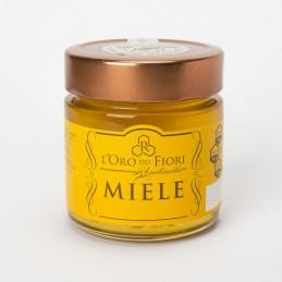 Acacia honey typical of Lucan